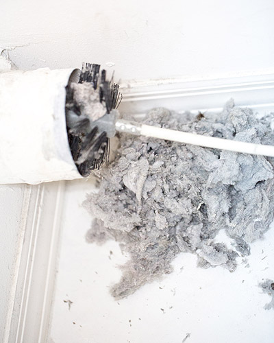 Cleaning Dryer Vent Lint